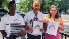 Funcionaria del gobierno Biden recibe miles firmas que piden la eliminación de las sanciones a Cuba