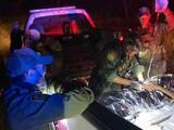 Inmigrante indocumentada da a luz en un camino de tierra con la ayuda de la Patrulla Fronteriza