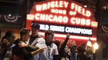 Fanáticos de los Chicago Cubs se preparan para llenar el Wrigley Field este viernes
