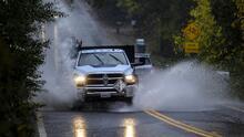 Récord de lluvia en Fresno, pero con incidentes menores ante paso de tormenta invernal