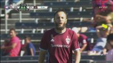 Shkëlzen Gashi se pierde el gol de la honra para Colorado al fallar solo frente al portero