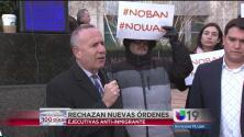 Protesta en el centro de Sacramento contra las órdenes ejecutivas de Trump