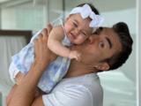 Adrián Uribe encuentra a la hija perdida de 'El Vítor'