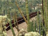 """""""Este muro ya nos está dejando una cicatriz en el corazón"""": grupo indígena denuncia violaciones a sus sitios sagrados"""