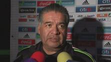 """José Luis Serrano: """"Andrés Guardado se recuperará con nosotros y no volverá a Europa"""""""