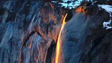 Así se ve este año la 'cascada de fuego' que cae al interior del Parque Yosemite