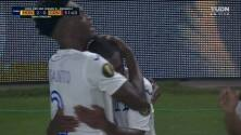 ¡GOL!  anota para Honduras. Edwin Solano