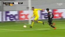 ¡GOOOL! Karim Bellarabi anota para Bayer 04 Leverkusen.