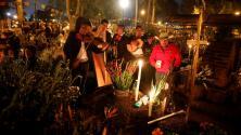 Mexicanos rindieron emotivos homenajes a sus difuntos en el tradicional Día de Muertos