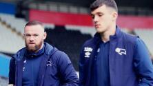 Rooney, DT del Derby County, lesiona a su estrella… ¡entrenando!