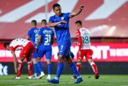 Cruz Azul derrota a Necaxa y toma el liderato