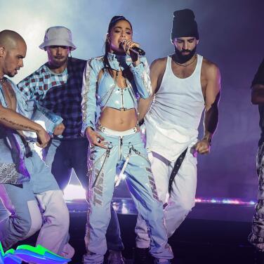 Al ritmo de 'Miénteme' Tini pone a bailar a todos en Premios Juventud