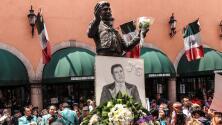 """""""Honrando su vida, su legado"""": fanáticos y amigos de Juan Gabriel lo recordaron a 5 años de su muerte"""