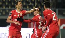 Sin Raúl Jiménez, Benfica derrotó al Guimarães y se mantiene como líder