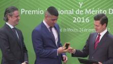 EPN entregó el Premio Nacional de Deportes a los atletas más destacados del 2016
