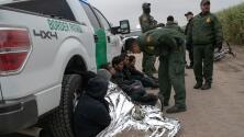 A raíz de la pandemia del coronavirus, se registra un descenso en el número de arrestos de migrantes en la frontera