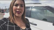 Oficiales detienen a familia por circular con los vidrios polarizados de su auto