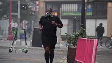 ¿Qué precauciones deben tomar personas con problemas respiratorios ante los días con mala calidad del aire?