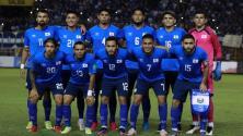 Bukele pide cambios en el futbol salvadoreño
