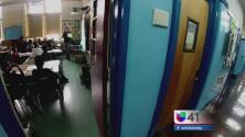 La Canciller de Educación de Nueva York ofrece respuestas a los padres
