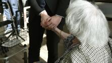 Opciones de ayuda profesional para personas con alzhéimer