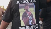 Realizan los servicios fúnebres de Jonathan Price, el hombre que murió a manos de un policía de Wolfe City
