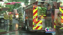Incendio consume viviendas en Rancho Cordova