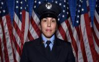 Hispana hace historia al ser nombrada teniente del FDNY