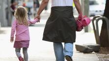 'Dadication', la campaña para homenajear a los padres y su labor en las familias