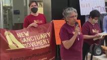 Manifestantes en Filadelfia alzan la voz por una reforma migratoria integral