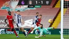 El Liverpool deja ir el triunfo ante el West Bromwich Albion en casa