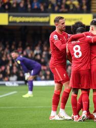 Liverpool golea 0-5 al Watford, Manchester City hace lo suyo y vencen 2-0 al burnley, Norwich City empata en casa frente al Brighton & Hove Albion, Chelsea vence por la mínima al Brentford y Southampton vence 1-0 al Leeds United.