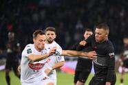 Mbappe se encarga de poner una asistencia y anota el tanto de la victoria para confirmar la remontada 2-1 del PSG sobre el Angers.