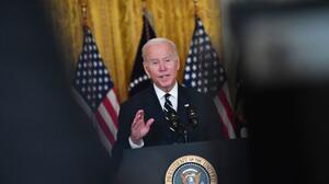 Biden reconoce que su nuevo plan de inversión social no es lo que aspiraba