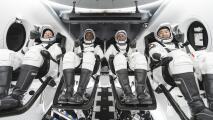 Comunidad en Houston rinde homenaje a la astronauta Shannon Walker mientras viaja al espacio
