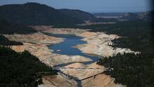Consejos que te ayudarán a ahorrar agua ante la emergencia por sequía en California