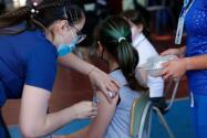 Los puntos claves del mandato de vacunación para estudiantes y maestros en Sacramento