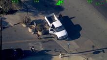 Escapa de la Policía a toda velocidad en sentido contrario en una autopista del Área de la Bahía