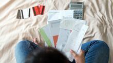 ¿Cómo llegar a fin de año sin deudas? Estas son las claves para lograrlo (e incluso ganar un dinero extra)