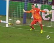 ¿Buscará el triplete? Okafor lleva dos al marcar el 3-1 del Salzburg