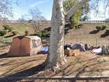 Caltrans retira campamentos de desamparados en el centro de Sacramento