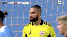 ¡Gran salvada! Carlos Coronel muestra sus reflejos y le niega el empate a New York City FC