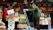 Toma nota y sigue estos consejos para hacerle frente al alza de precios de algunos productos en Nueva Jersey