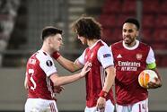 Con dos goles de Aubemayang, Arsenal avanza en la Europa League