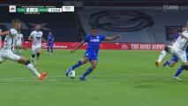 ¡El tercer gol de Cruz Azul! Luis Romo le anota a los Pumas