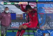 ¡Sale llorando! Jorge Rodríguez se lesiona y Rigonato entra en su lugar