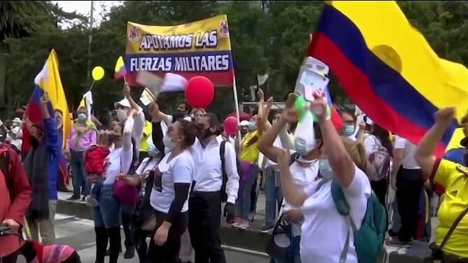 Continúan las protestas contra el gobierno de Iván Duque en el Día de la Independencia de Colombia
