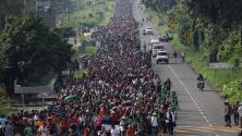 Denuncian a funcionarios fronterizos del gobierno de Trump por presunto espionaje relacionado a una caravana de migrantes