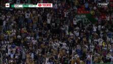 ¡GOL!  anota para Pumas UNAM. Marco García