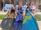 """""""Estamos peleando por todos los latinos"""": Quinceañeras protestan contra medidas que restringen el voto en Texas"""